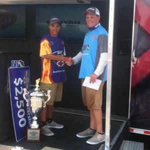 Scott Congratulating Fish Davis on his World Championship.